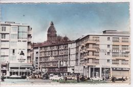 62 BOULOGNE Sur MER L'Hôtel Bristol ,façade ,avec Publicité Kronenbourg ,cognac ,voiture Année 1960 - Boulogne Sur Mer