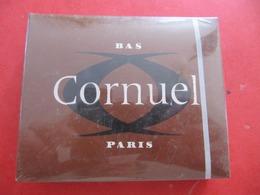 BAS SANS COUTURE - CORNUEL PARIS - SARA 9 - STEAMLESS STOCKINGS - NEUF EN BOITE SOUS BLISTER - ANNEES 60 - Vintage Clothes & Linen