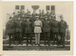 PHOTOGRAPHIE SAINT-CYR 2è BATAILLON 1932/1933 LIEUTENANT LEDRAPPIER CAPITAINE GARCIA (?) - Guerra, Militares