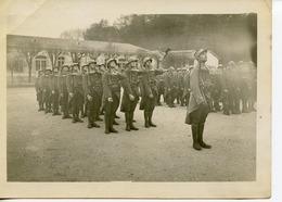 PHOTOGRAPHIE SAINT-CYR 2è BATAILLON 1932/1933 SERGENT BERNARDEAU EN TÊTE - Guerra, Militares