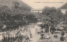 04/ Digne - Pre De Foire (un Jour De Marché) - Digne