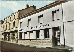 24   Saint Pardoux La Riviere   L'hotel Des Postes - Francia