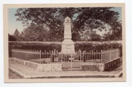 Landes-le-Gaulois  (Loir-et-Cher)  Monument Aux Morts - France