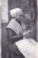 29  - Finistere - Jeune Fille De LANNILIS - Coiffe Et Costume De Bretagne - France