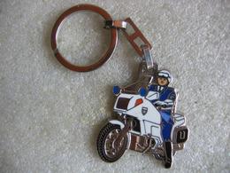 Porte Clef Motard De La Gendarmerie, BMO, Police - Sleutelhangers