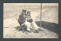 PHOTO Carte Numérotée Plage Beach Vacances Holidays M. DE BELLEVILLE Costume Suit Canotier Hat - Photographs