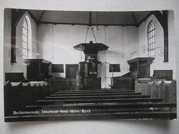 P126 AK Berkenwoude - Interieur NH Kerk - Niederlande