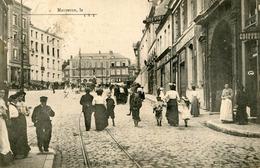 MAUBEUGE - Rue Place Animées à Identifier - Maubeuge
