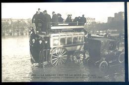 Cpa Du 75 Paris Omnibus Passant Malgré L' Inondation Esplanade Des Invalides -- Crue Seine 1910    LZ28 - Transport Urbain En Surface