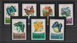 Grenada Grenadines 1975 Papillons Série 67-73 7 Val ** MNH - Papillons