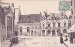 CPA -  BEAUNE Place De La Halle - Beaune