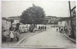 PLACE DE LA FONTAINE - AULNAY SUR MAULDRE - Frankreich