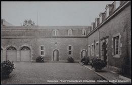 LIEGE - VISE - ARGENTEAU - Le Château Cour Intérieure - Visé