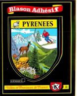 Blason Adhésif , KROMA  , Villes Et Provinces De France , PYRENEES , * M 20 67 - Francia