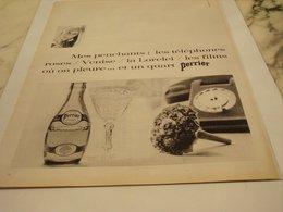ANCIENNE PUBLICITE LES TELEPHONES ROSES ET PERRIER 1966 - Affiches