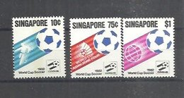 IVERT Nº 392/94 ** 1982 - Singapur (1959-...)