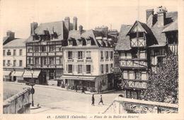 C P A 14 Lisieux Calvados NORMANDIE La Place De La Halle Au Beurre - Lisieux