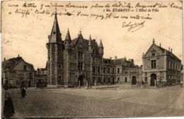 CPA Essonne ÉTAMPES L'Hotel De Ville (983070) - Etampes