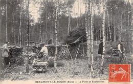 Cpa 27] Eure > Beaumont-le-Roger La Forêt En Exploitation Carte Animée Bûcherons Circulée - Beaumont-le-Roger