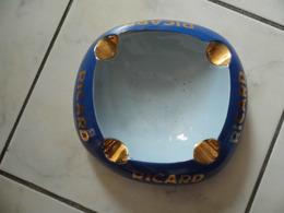 Cendrier  - RICARD - Céramique Ricard - Asbakken