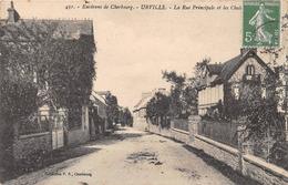 Environs De CHERBOURG - URVILLE - La Rue Principale Et Les Chalets - Cherbourg