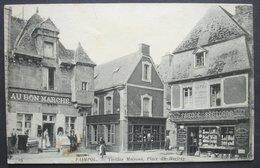 CPA 22 PAIMPOL - Vieilles Maisons Place Du Martray -  Au Bon Marché - Faïence Bretonne - ND 19 - Réf. H 15 - Paimpol