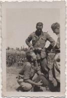 Fotografia Cm. 4,5 X 6,8 Con Militare - Guerra, Militari