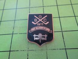 811J PINS PIN'S / Beau Et Rare : Thème SPORTS / BGC GOLF 1977 - Golf