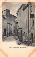 CPA 781 - Une Rue De Manosque - Manosque