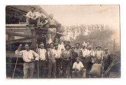 Carte Photo Moisonneuse Batteuse Ouvriers Au Travail - Fermes