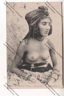 CPA Collection SCENES ET TYPES :  Ouled-Nail (jeune Algérienne Aux Seins Nus) - África