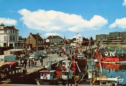 GRANDCAMP-MAISY  Le Port Et Les Quais Au Retour De Pêche. Très Bon état - Autres Communes