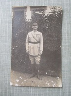 CPA PHOTO MILITAIRE GRADE MEDAILLES - Characters