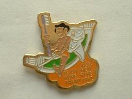 Pin's ASS. TE U'I HOU RUPE RUPE - TAHITI 1992 - DENT DENTAIRE - Associations