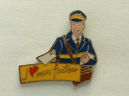 Pin's J'AIME MON FACTEUR - HOMME - Postes