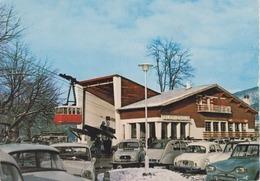 CPSM Saint-Lary - Gare De Départ Du Téléphérique (avec Voitures Années 60 : 2 CV, 4 L, Dauphine, Ami 6 ...) - France
