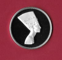 Egypte Egypt. 5 Pounds Proof Queen Nefertiti -Treasure Collection 1999 RARA - Egypte