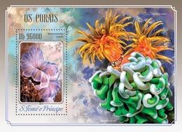 Sao Tome And Principe, 2014. [st14502] Corals (s\s+bl) - Vita Acquatica