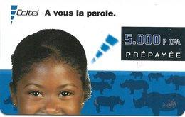 @+ CONGO Brazzaville - Celtel - Fillette Et Rhinoceros - 09/2001 - Congo
