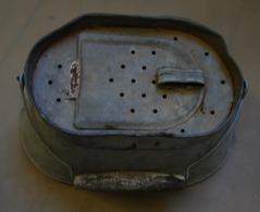 Lot. 1127. Ancienne Bourriche En Zing - Fischerei
