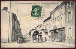 Chasseneuil-sur-Bonnieure  Rue Animée - Charente 16260 - Chasseneuil /s/ Bonnieure Arrondissement De Confolens - Other Municipalities