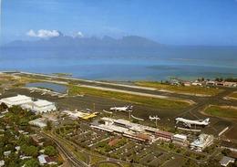 TAHITI  Construit Dans Le Lagon, FAAA, L'aéroport De Tahiti. - Tahiti