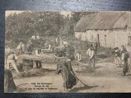 En Bretagne, Battage Du Blé - Frankreich