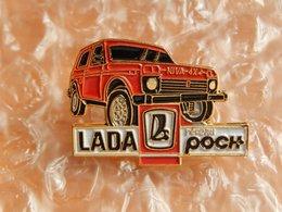 Pins -  POCH - LADA NIVA 4X4 - Pin's