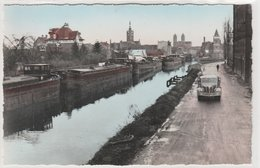 MERVILLE LE CANAL AVEC PENICHE ET CAMION - Merville
