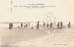Gironde        1135         CAP FERRET.Passage De Bateaux De Pêche - Autres Communes