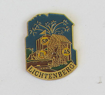 1 Pin's Sapeurs Pompiers De LICHTENBERG (BAS RHIN-67) - Pompiers