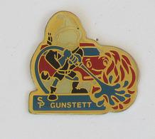 1 Pin's Sapeurs Pompiers De GUNSTETT (BAS RHIN-67) - Pompiers