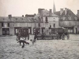 """23 - BOUSSAC - PLACE DU CHAMP DE FOIRE - """" VIEILLES CLECHES ..."""" + CACHET ----- PLAN RARE ---- - Boussac"""