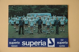 CYCLISME: CYCLISTE : GROUPE MARC SUPERIA - Ciclismo